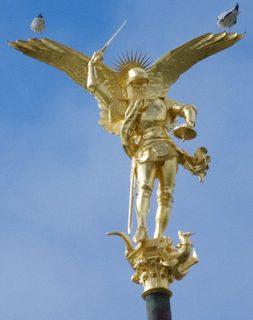 arcangel-michael-mont-saint-michel-812x1024.jpg